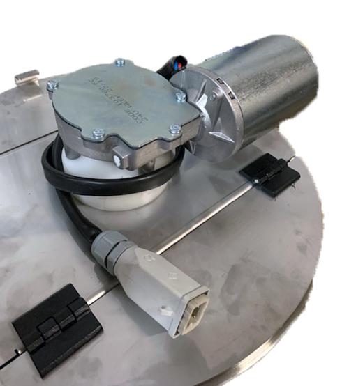 Dessus de la cuve, couvercle avec mélangeur et prise